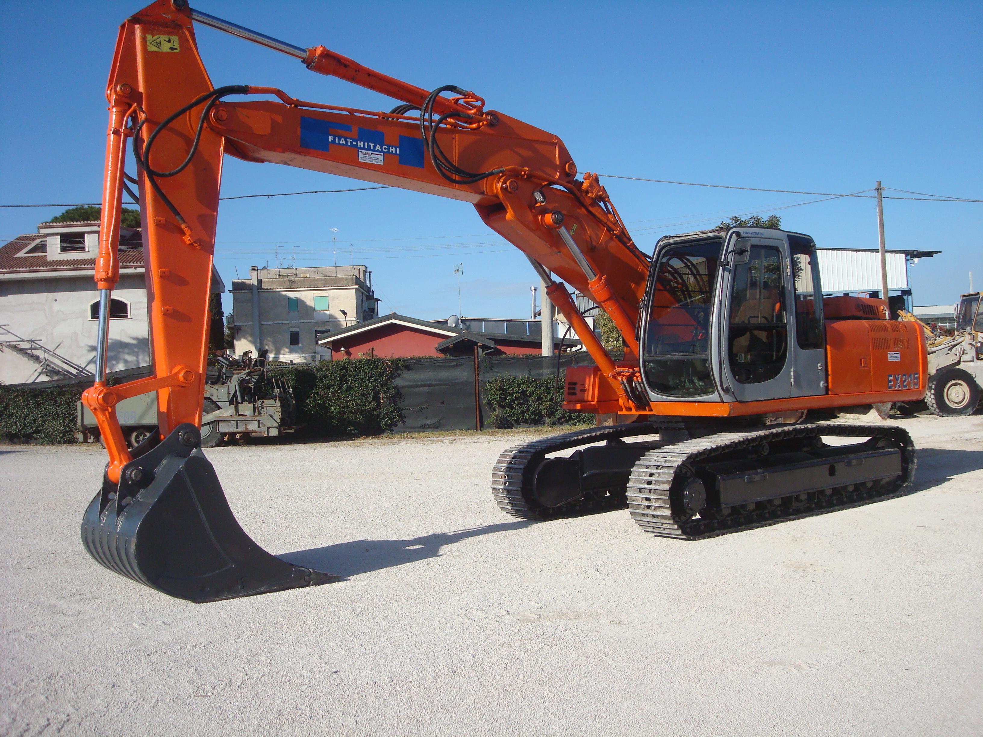 Escavatore Cingolato Usato Fiat Hitachi EX215